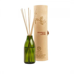 CEDARWOOD AND MOSS FRAGRANCE DIFFUSER